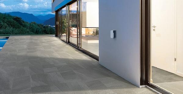 Компания OPTEX представила уличные извещатели серий FTN и BXS для защиты фасадов зданий, дверей и окон