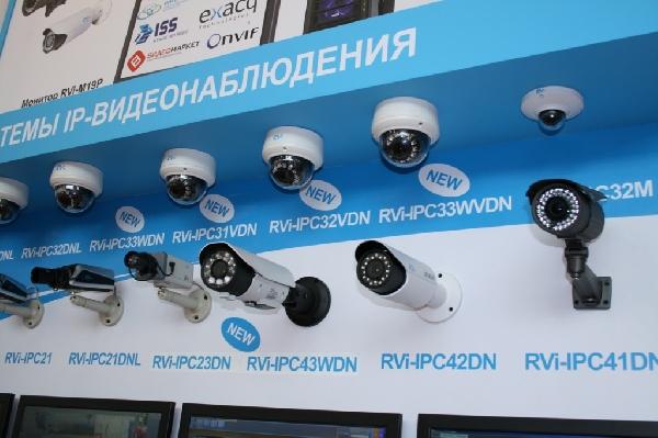 Новые IP-камеры видеонаблюдения RVi с расширенными возможностями